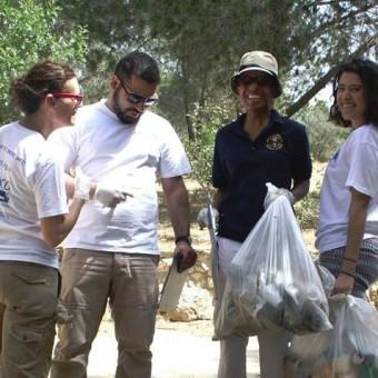 Let's Do It Cyprus 2016!:Καθαρίζουμε την Κύπρο την Κυριακή 10 Απριλίου!!